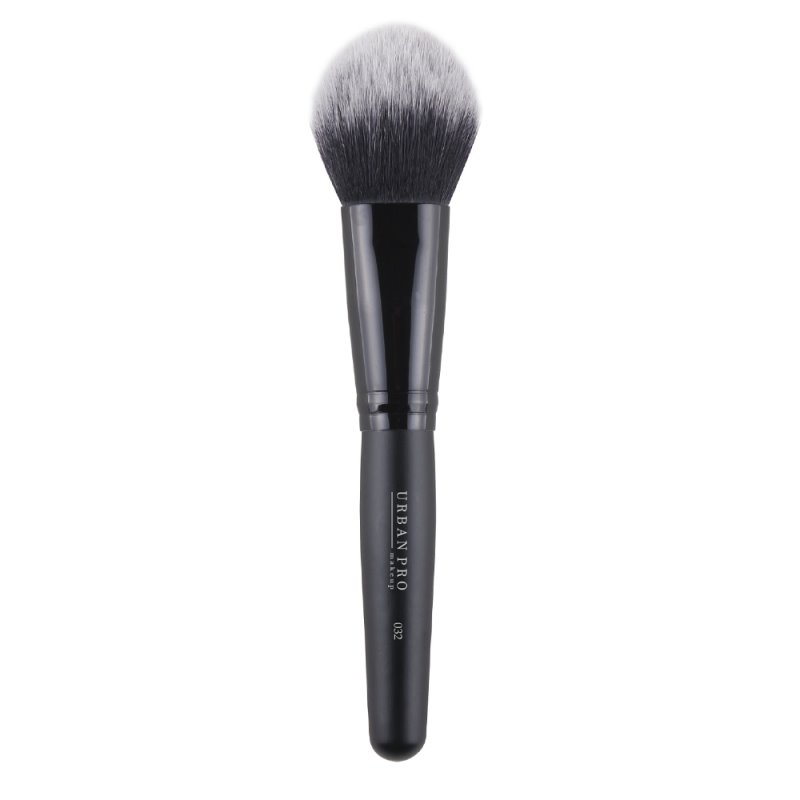Urban Pro Makeup Multifunkcionalna četkica 032 za lice